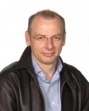 Piotrowicz, Kris